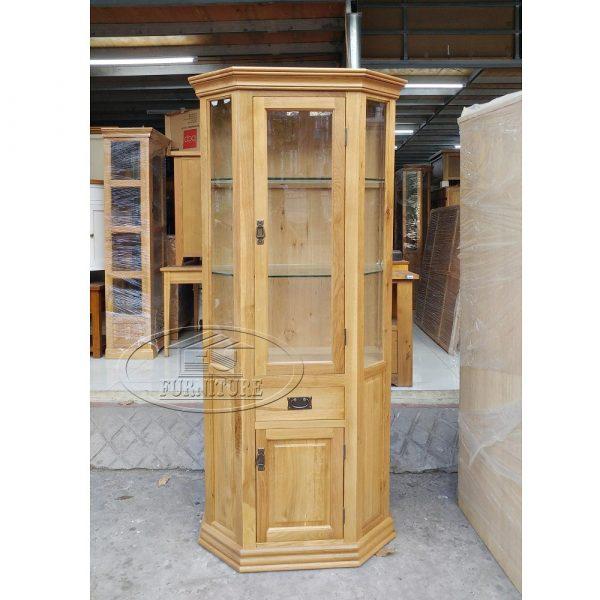 tủ trưng bày hình lục giác để góc tủ rượu