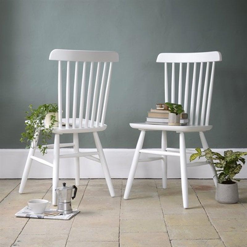 ghế gỗ màu trắng decorr